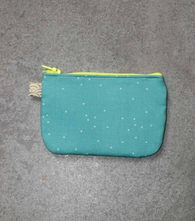 White dots turquoise zip purse