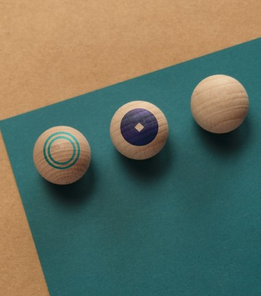 6 graphic magnetic balls
