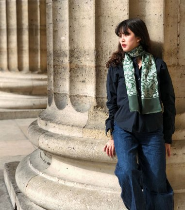 Fontainebleau long green scarf
